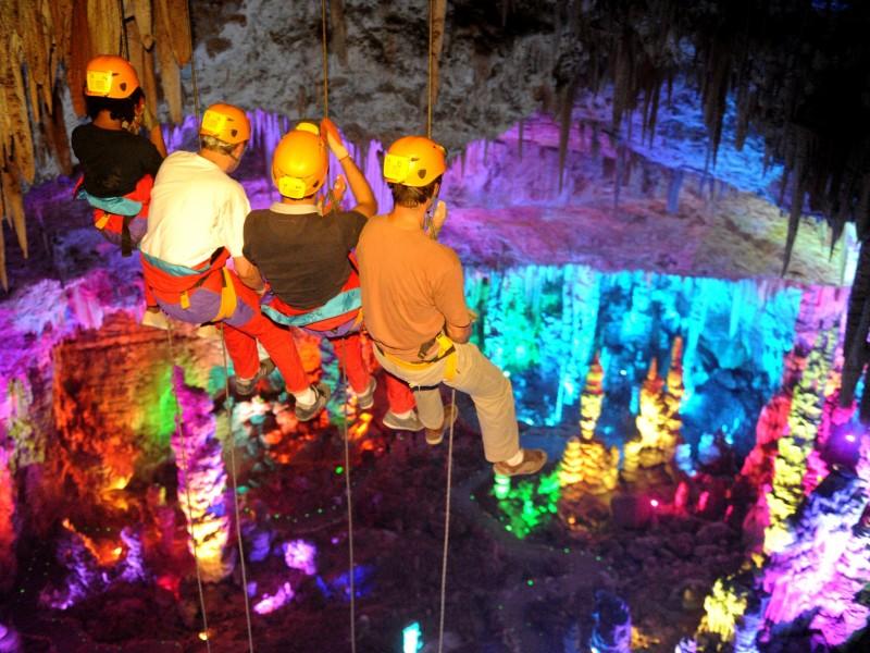 Grotte de la Salamandre - Grand Rappel - spéléologie