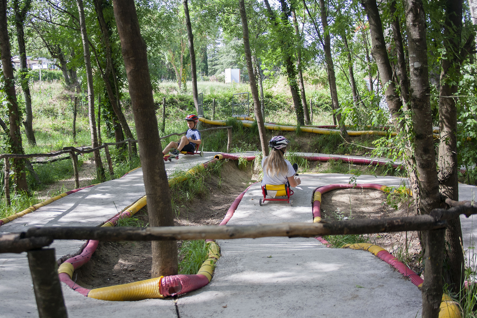 A fond sur la piste de Swingroller