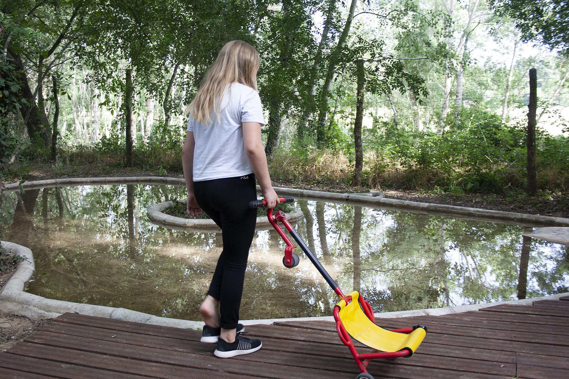 Swingroller devant la piste aquatique